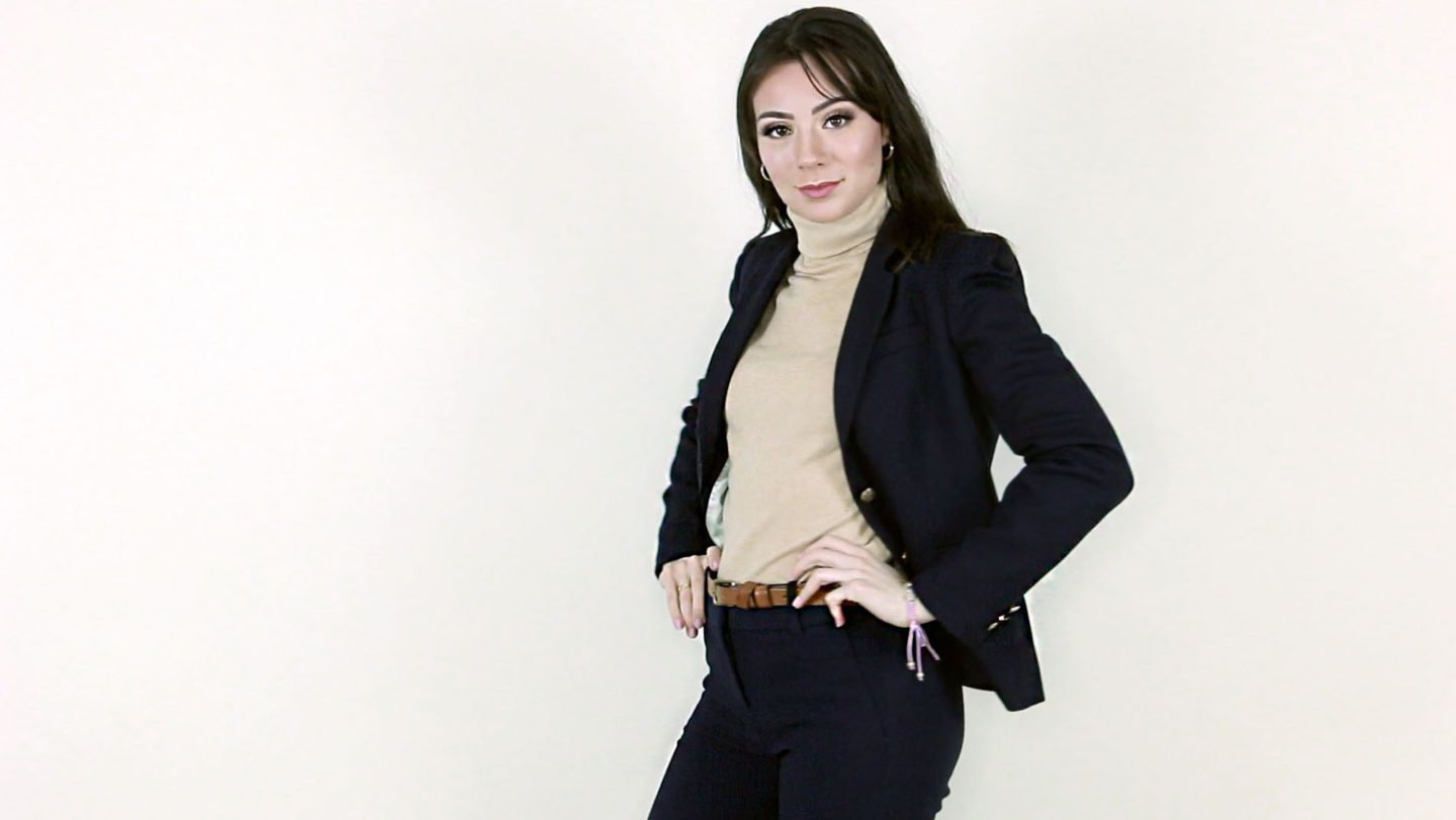 4fe2a1347643 how to wear a navy blazer with a tan turtleneck and navy pants ...